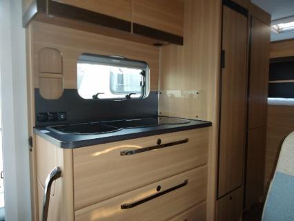 LMC Breezer A694G - keuken