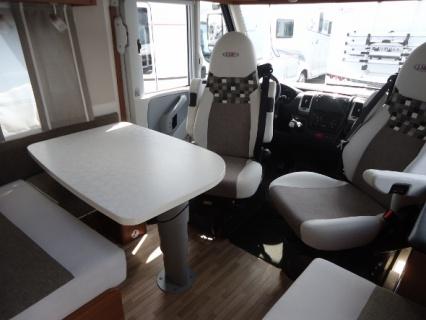 LMC Explorer I635 AUTOMAAT interieur