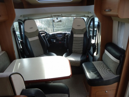 Lmc Cruiser T731G interieur